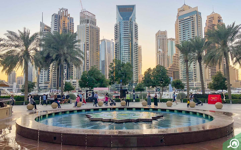 Fountain in Marina Walk